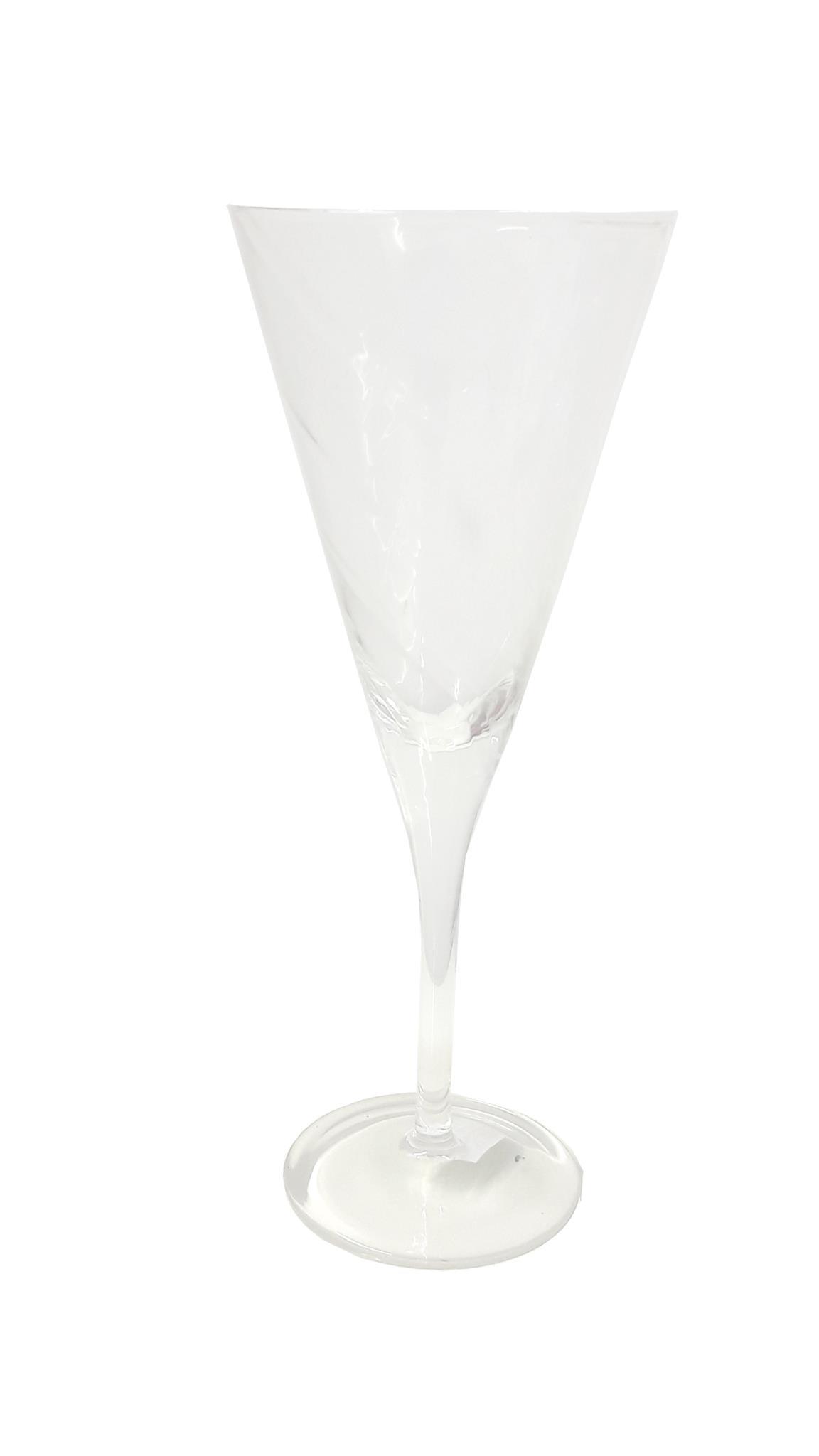 גביע זכוכית גדול - מרטיני