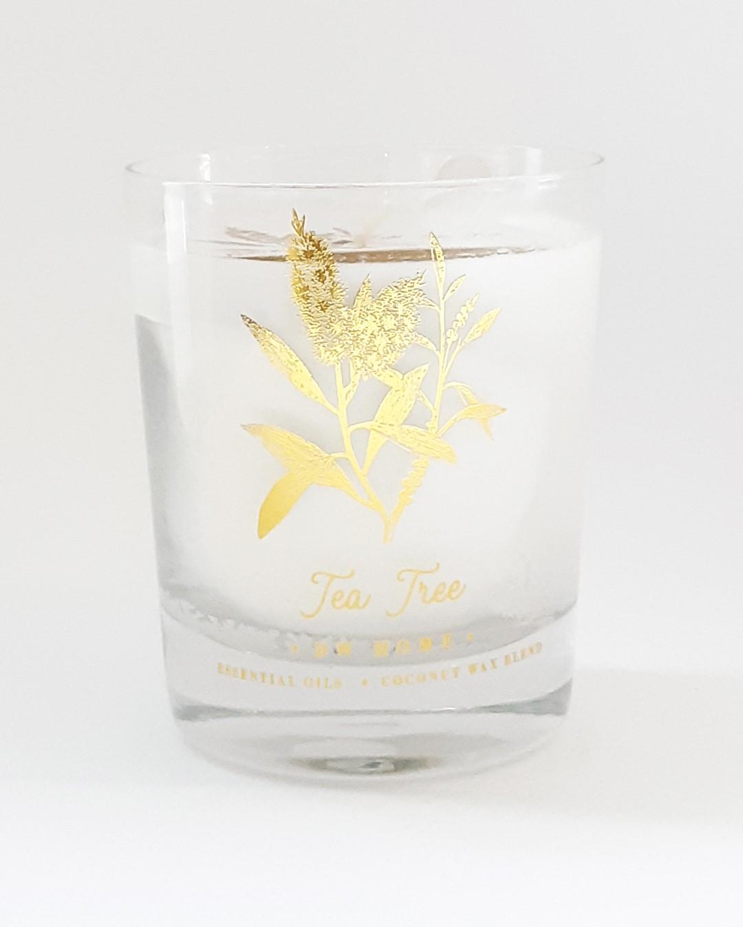 נר בכלי זכוכית עם בסיס עבה ועיטור זהב - Tea Tree