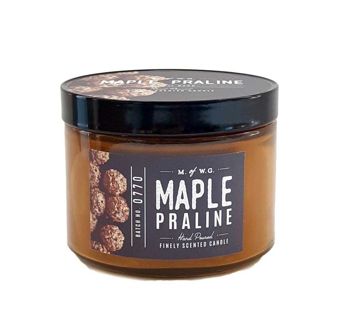 נר בצנצנת רחבה עם הדפס - Maple Praline