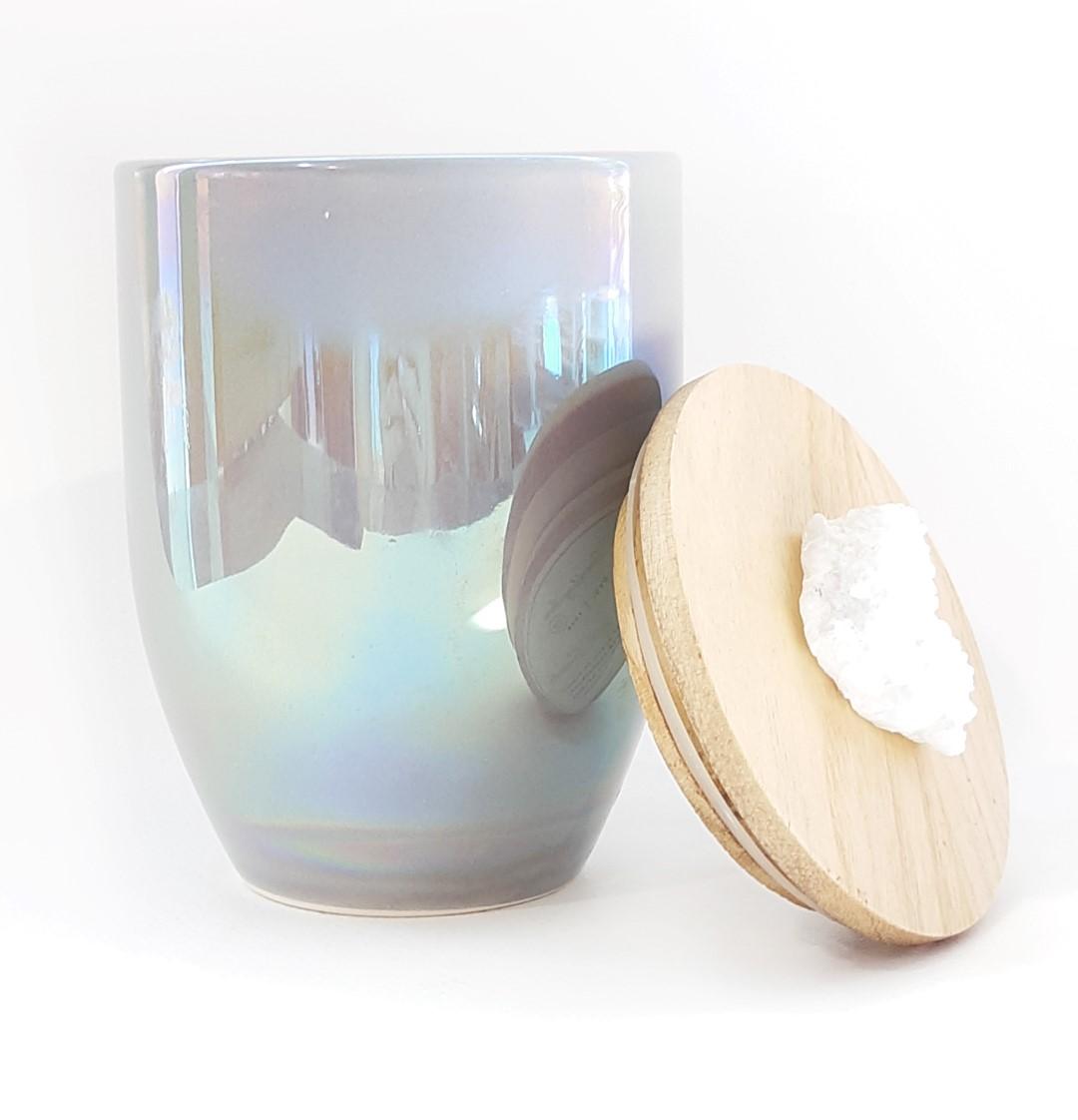 נר גדול עם מכסה עץ וידית אבן - Cashmere & Suede