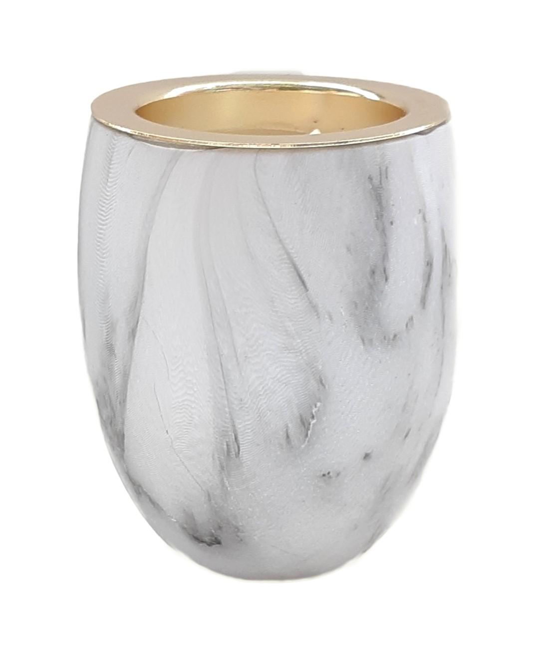 נר בכלי דגם שיש זהב - Cedarwood Amber