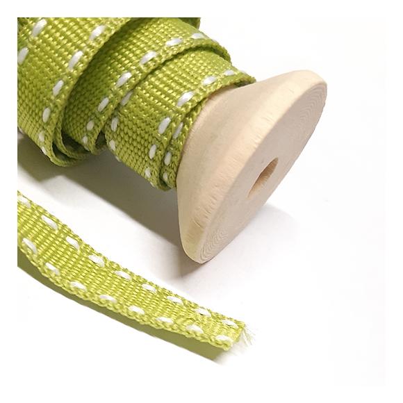 108 - סרט בד ירוק בהיר - תפר לבן