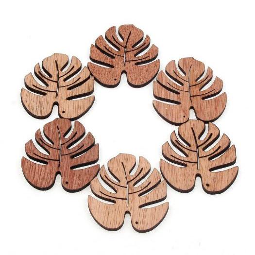 חיתוכי עץ - עלים טרופיים