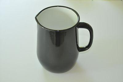 קנקן אמייל 2.5 ליטר - שחור