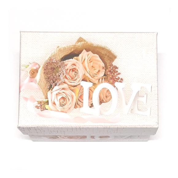 קופסת מתנה Love