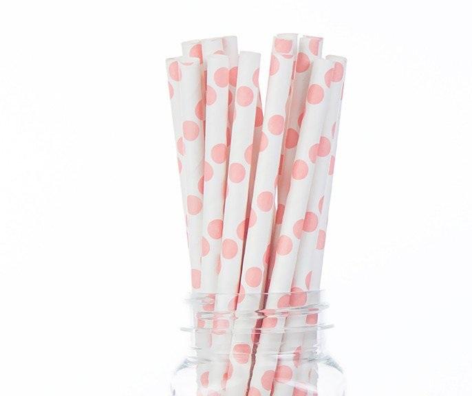 קשיות נייר - לבן עם נקודות ורודות גדולות