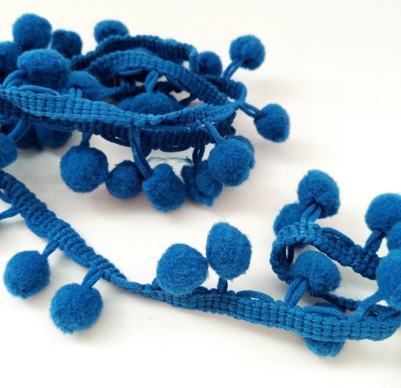 סרט פונפונים - צבע כחול