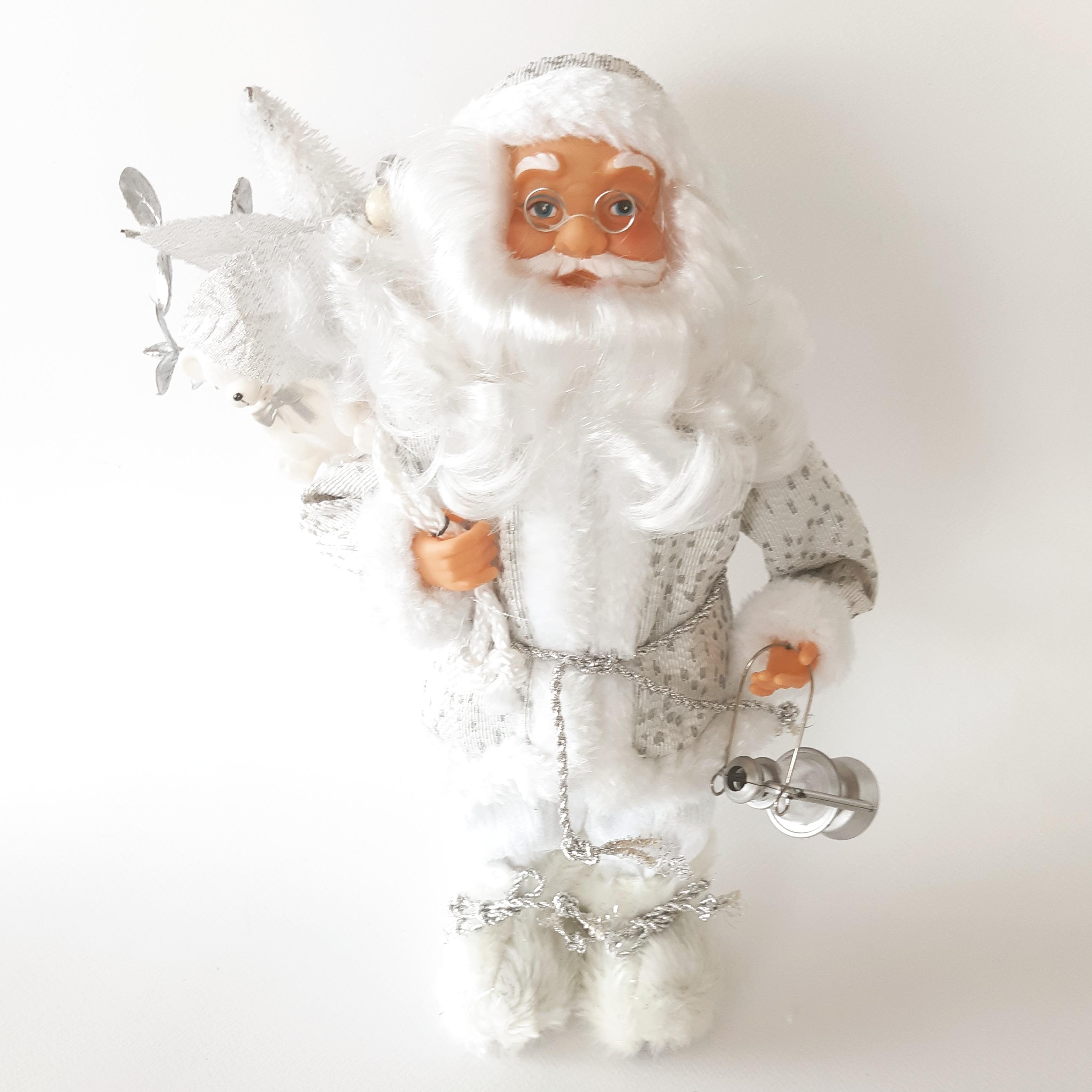 סנטה קלאוס בצבע כסף