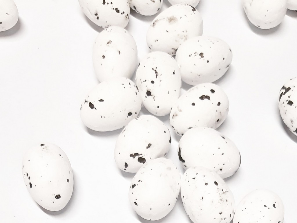 ביצי קלקר לקישוט - לבן